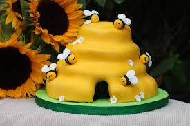 honey bee decorations for your home bumble bee cakes u2013 decoration ideas little birthday cakes