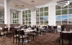 mammoth hotel dining room