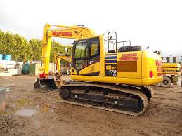 new komatsu excavator at mph mcintosh plant hire