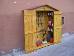 armadi in legno per esterni beautiful armadio legno esterno ideas idee arredamento casa