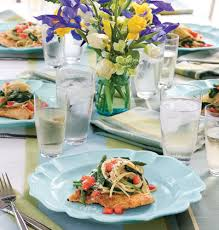 Table Settings Ideas 25 Table Setting Ideas To Inspire Your Next Party Myhomeideas Com