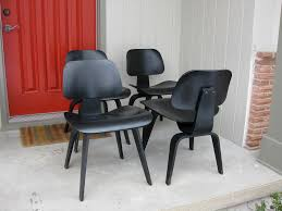 the cottage cheese eames chairs and aaaaayyyyyy