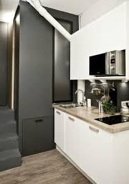 cuisine repeinte en noir noir idée déco cuisine salle de bain côté maison