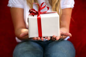 eight frugal family gifts