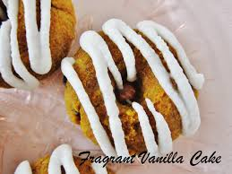 friday foodie fragrant vanilla cake u0026 raw carrot cake doughnuts