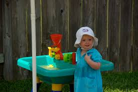 Toddler Water Table Best Water Table For Toddlers 7 Great Choices Kinesthetic Kid Com