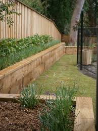 Walled Garden Ripon by Retaining Wall And Hedge Retaining Wall 1 Pinterest