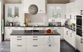 modern white wood kitchen cabinets pvc thermofoil white modern style kitchen cabinets pvck 009