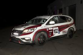 honda unveils diesel cr v race car for race of remembrance