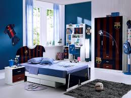 how to arrange the boys bedroom fit their style myohomes teenage boys bedroom with football club themed barcelona soccer