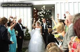 wedding rice throwing rice