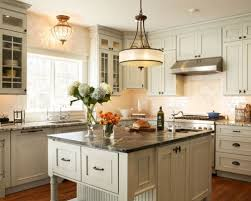 pictures of kitchen cabinets with hardware kitchen cabinet hardware houzz