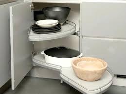 amenagement meuble de cuisine rangement interieur placard cuisine le meuble le mansar