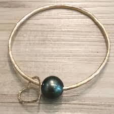 pearl bangle bracelet images Bangle bracelet gold tahitian pearl heart seashore couture maui jpeg