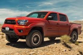 toyota tacoma autotrader 2015 toyota tacoma used car review autotrader