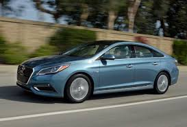 2016 hyundai sonata hybrid top 10 technology features for