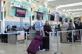 bureau d enregistrement bureau d enregistrement d air canada à l aéroport de yvr photo
