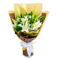 Lily Bouquet Florist Kl Malaysia Delivering Fresh Flowers Everyday Online