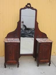 changing vintage furniture to antique vanity qatada