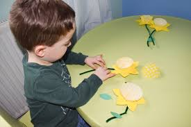really easy spring time daffodil craft our fairytale adventure
