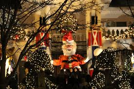 Dyker Heights Christmas Lights A Nyc Christmas Frolic Through Life