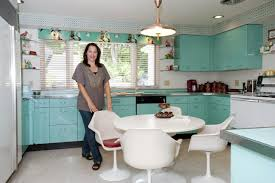 25 pastel kitchens that channel the 1950s interior designing info