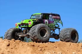 monster truck jam show grave digger rc monster truck s jam show scale playtime full
