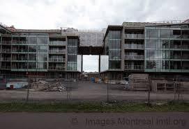 Le Myst Myst Sur Le Canal Montreal