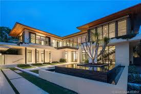 dutch west indies estate tropical exterior miami for sale 4609 pine tree dr miami beach fl 33140 mls a10177906