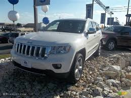 2011 jeep grand white 2011 white jeep grand overland summit 4x4 72991529