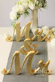 mr and mrs wedding signs best 25 mr mrs sign ideas on chagne wedding