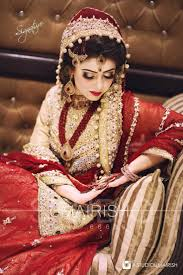 cool great like the shade of dulhan dress check