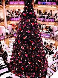 Christmas Trees In Paris The Best Decorated City U0027s Around The World To Go Christmas Shopping