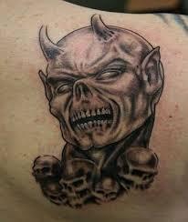 skulls on back
