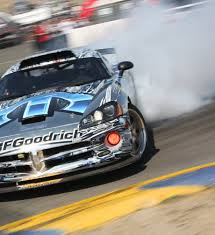 Dodge Viper Race Car - photos of dodge viper acr 2016 burnouts racing on track for