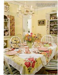 Cottage Dining Room Sets by The Vintage Tablecloths Layered Are Clever U0026 Add A Lot Of Color