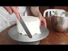 how to ice a square butter cream cake super smooth with perfect