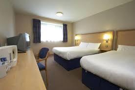 TRAVELODGE DUBLIN AIRPORT SWORDS Hotel  Off Hotel Direct - Family room dublin