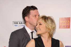 amy carlson shortest hairstyle amy carlson 2012 pictures photos images zimbio
