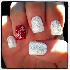 8 creative christmas nail designs ring finger nails sparkle