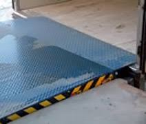 pedana di carico pedane di carico punti di carico sacil manuali idraulici