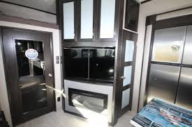 2018 momentum 351m toy hauler screen porch outdoor entertainment