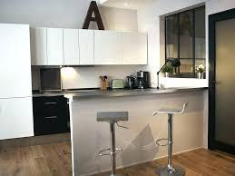 bar dans cuisine ouverte bar cuisine meuble cuisine non equipee cuisine ouverte avec