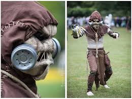 Gas Mask Halloween Costume 126 Cosplay Scarecrow Images Scarecrows