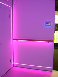 corrimano luminoso componenti per illuminazione a led per corrimano e cartongesso sicom