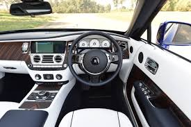 roll royce car inside rolls royce dawn 2016 uk review pictures rolls royce dawn 2016