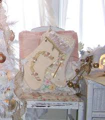 Shabby Chic Christmas Tree by 127 Best Shabby Chic Christmas Ideas Images On Pinterest Shabby