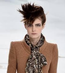 crown spiked hair styles 20 best short spiky hairstyles you can try right now