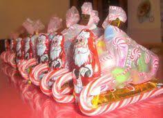 Christmas Candy Craft - 10 tutorials to diy christmas gifts candy sleigh diy christmas