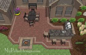 Outdoor Patio Design Large Courtyard Brick Patio Design With Outdoor Kitchen And